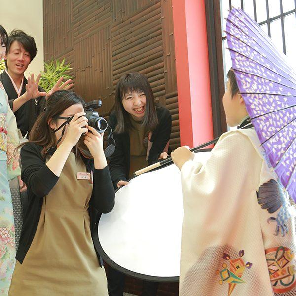 カメラ写真求人
